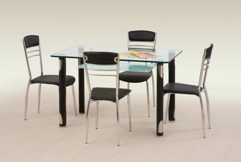 Halmar Skleněný jídelní stůl Gotard barva černá